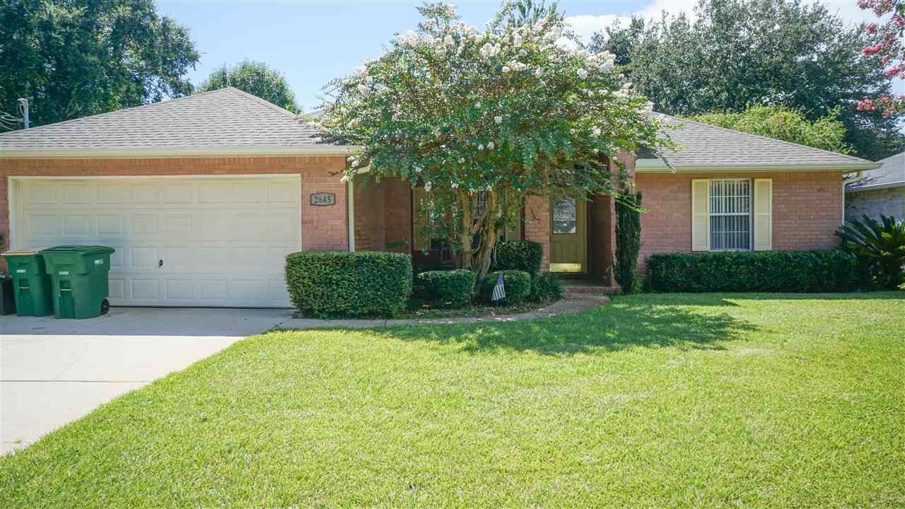 2645 Hidden Estates Cir, Navarre, FL 32566
