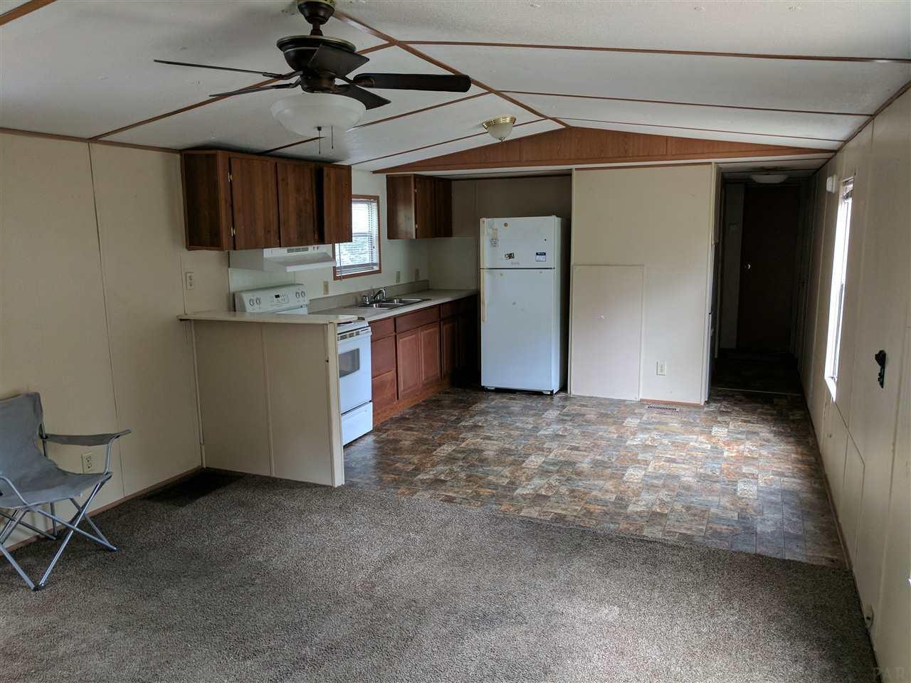 5473 Bluebird St, Milton, FL 32583