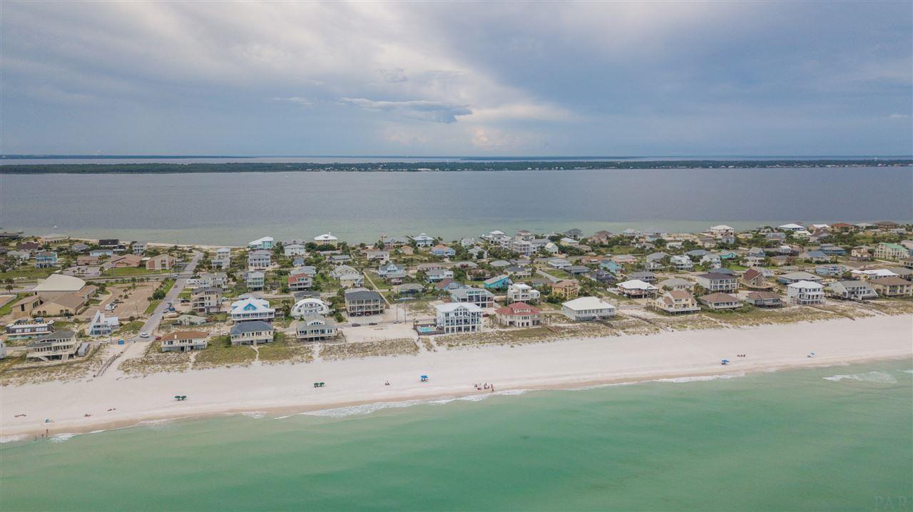 1009 Ariola Dr, Pensacola Beach, FL 32561