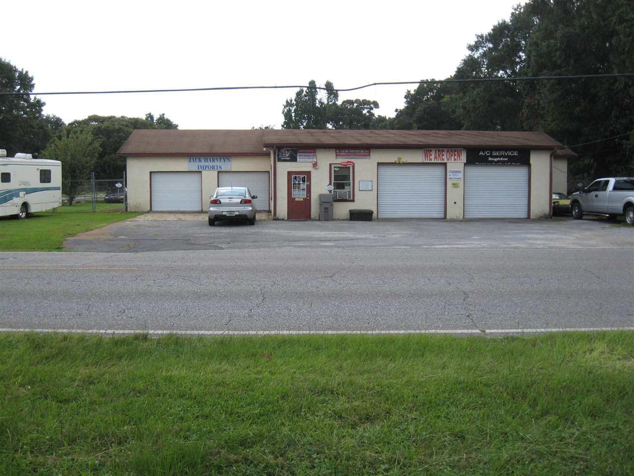1301 W Detroit Blvd, Pensacola, FL 32534