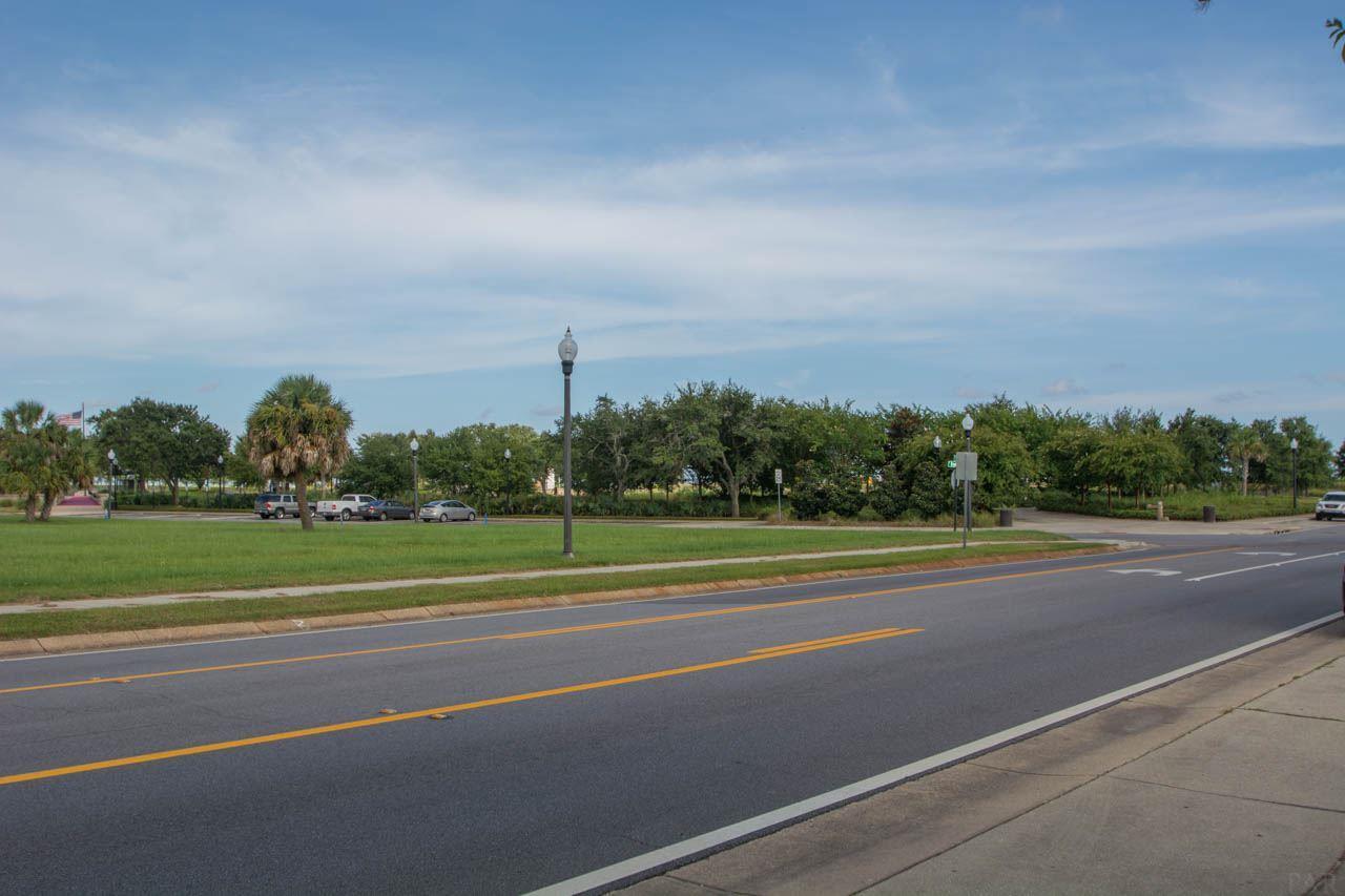 57 S 9th Ave, Pensacola, FL 32502