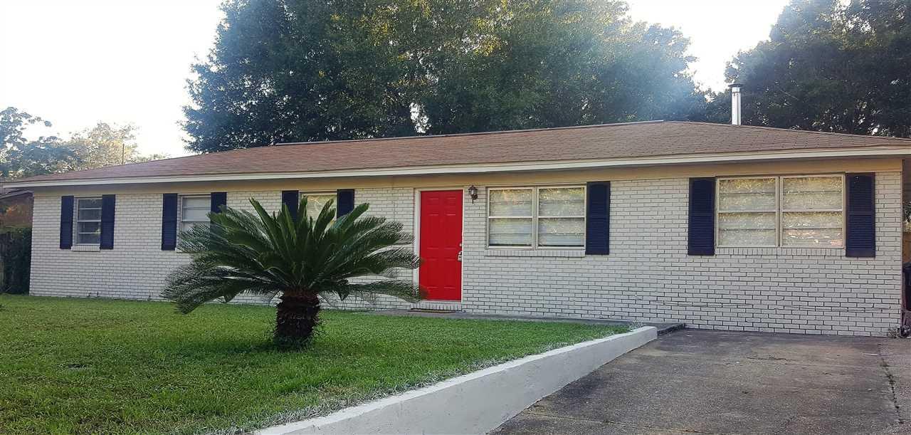 3015 Partridge Dr, Pensacola, FL 32526