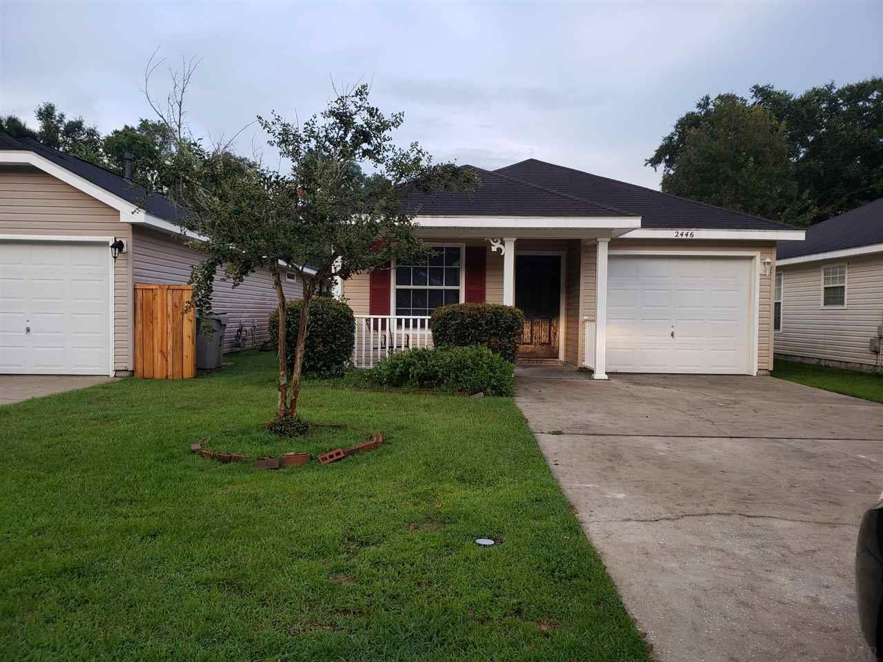 2446 Trailwood Dr, Cantonment, FL 32533