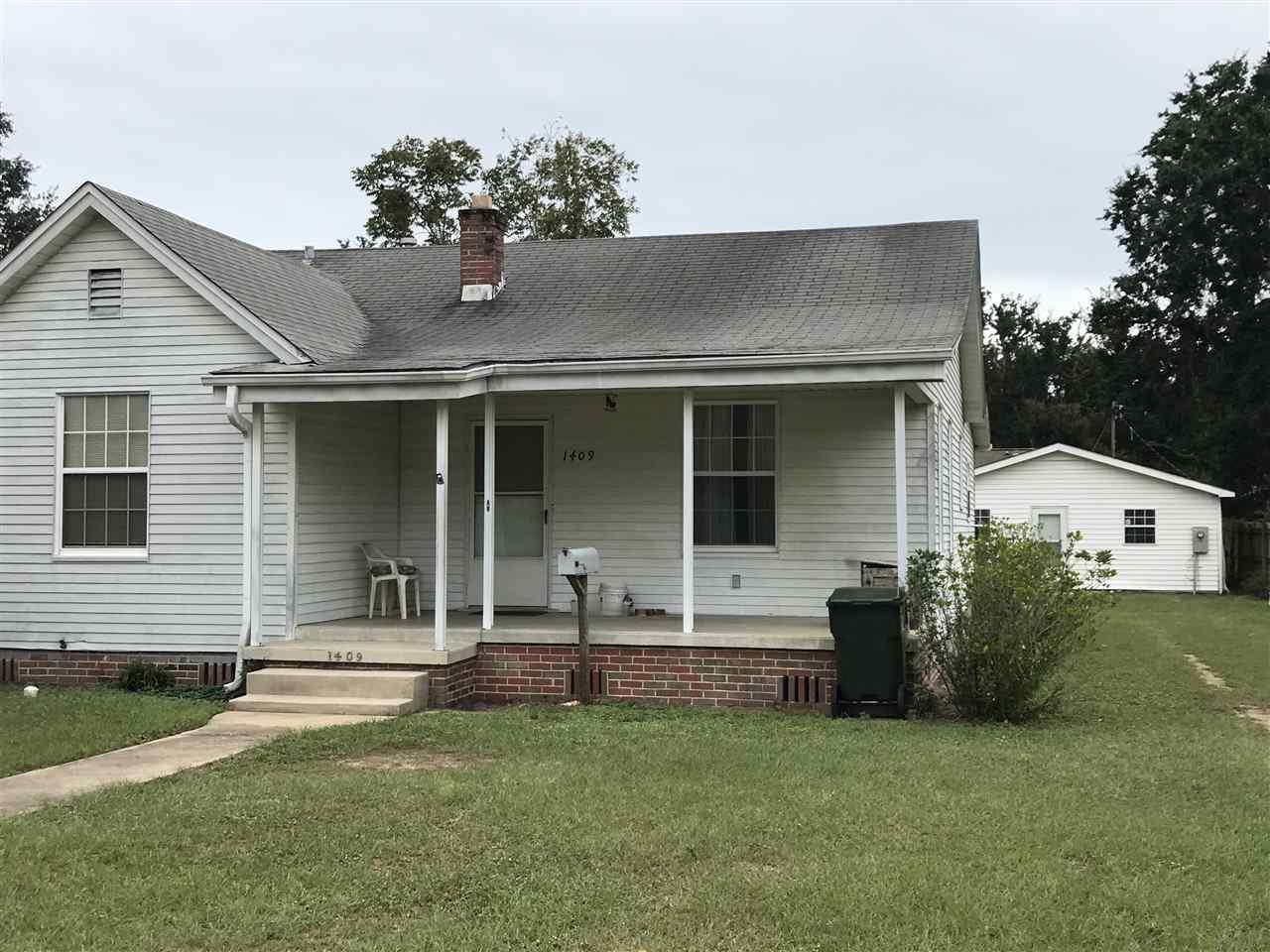 1409 Wilson Ave, Pensacola, FL 32507
