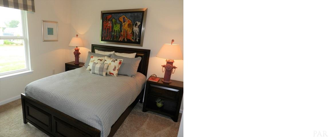 5858 Blackhorse Cir, Pensacola, FL 32526