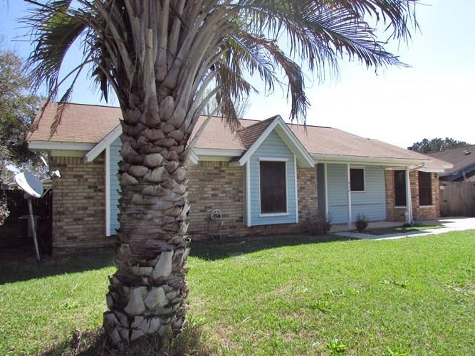 816 Lavon Dr, Pensacola, FL 32506