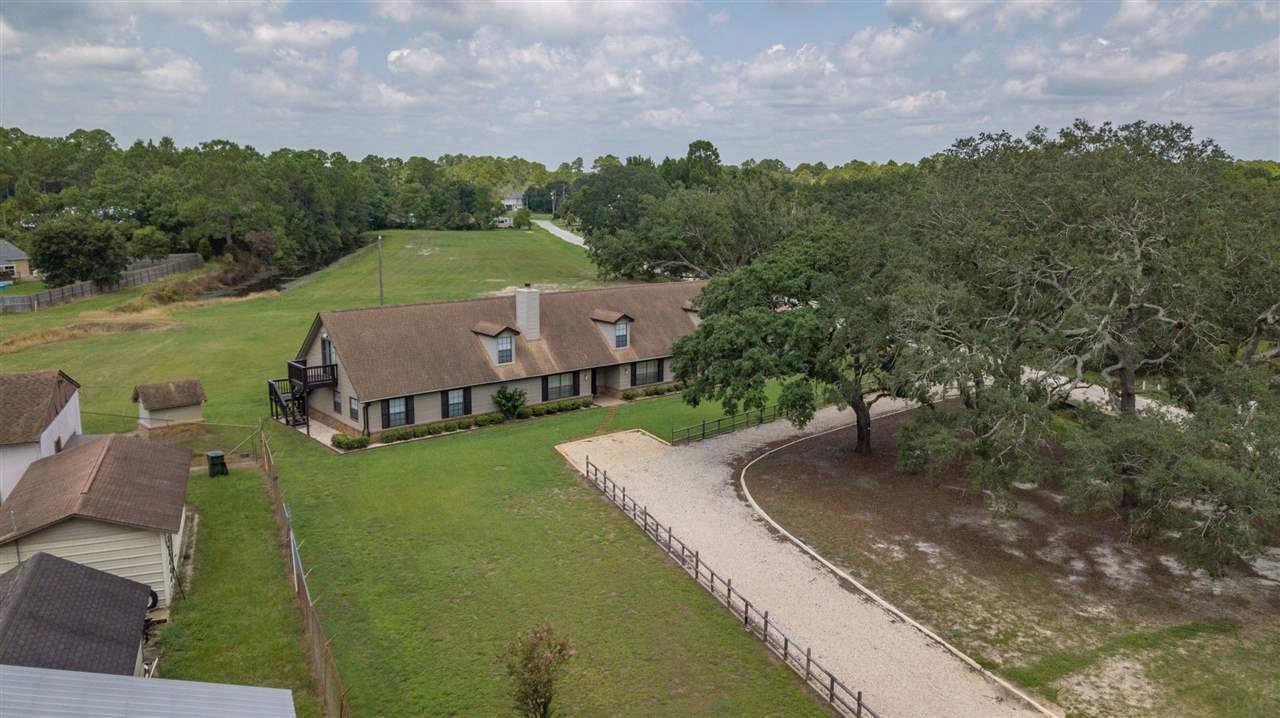 1021 Meadson Cir, Pensacola, FL 32506