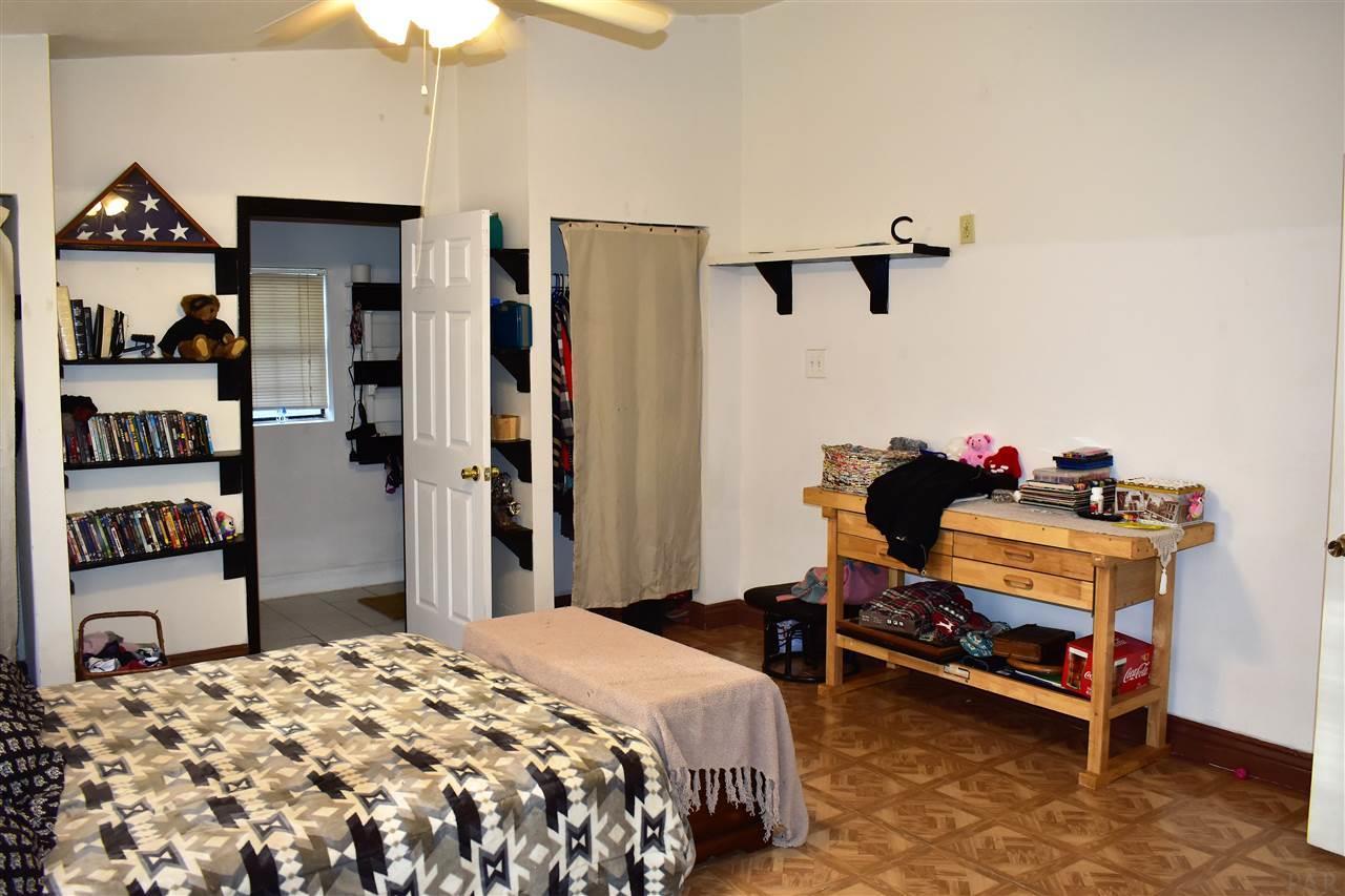 211 N Crow Rd, Pensacola, FL 32506