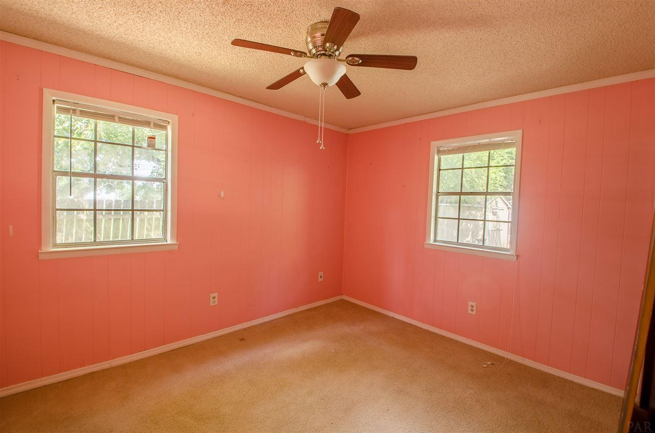 9024 N Palafox St, Pensacola, FL 32534