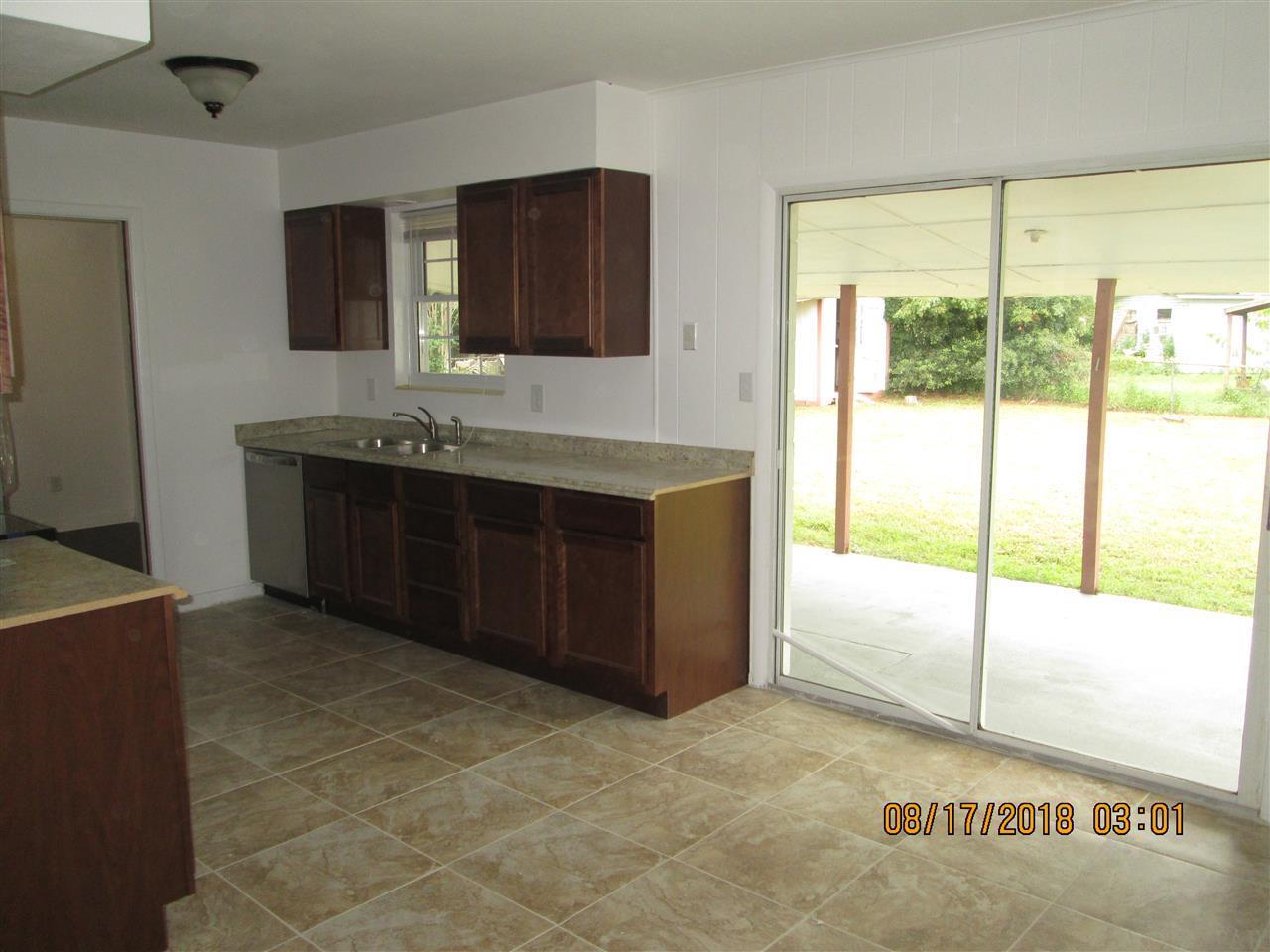 701 Lagoon Dr, Pensacola, FL 32505