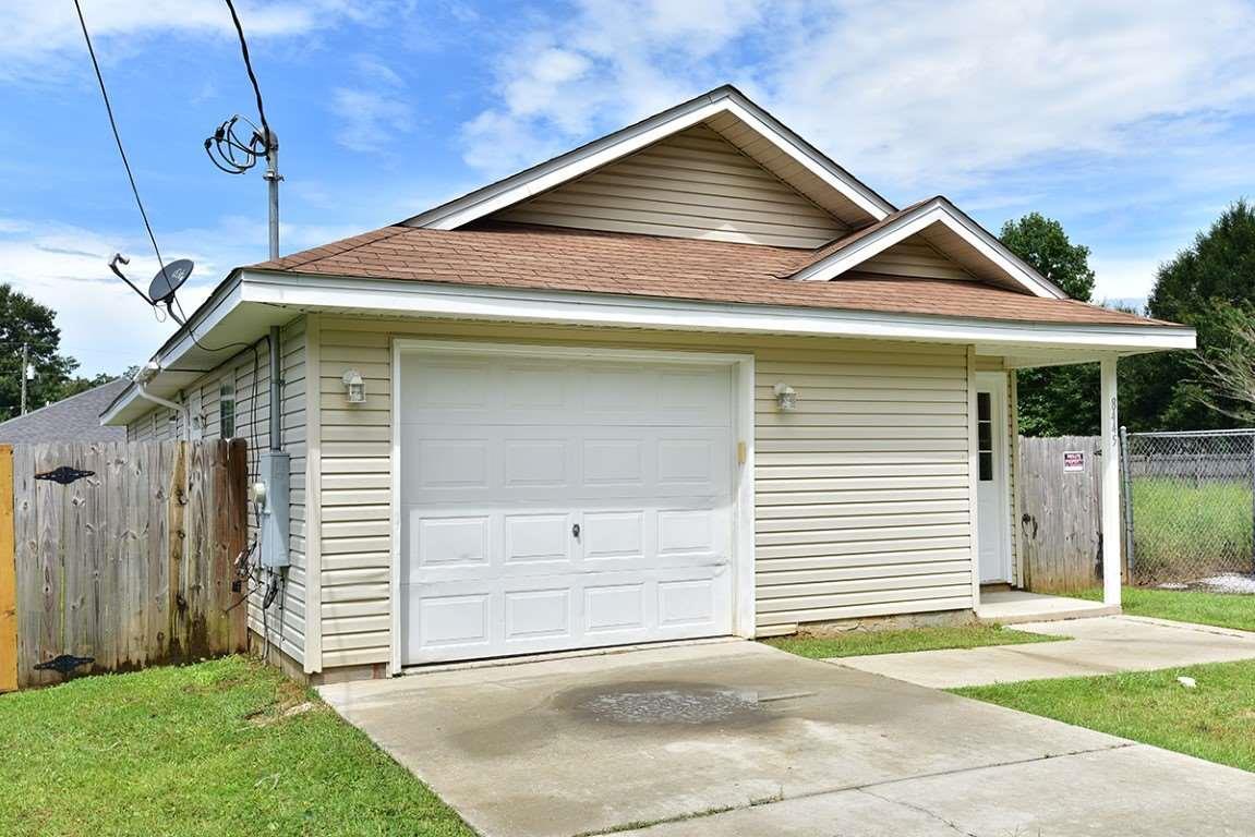 8445 Fowler Ave, Pensacola, FL 32534
