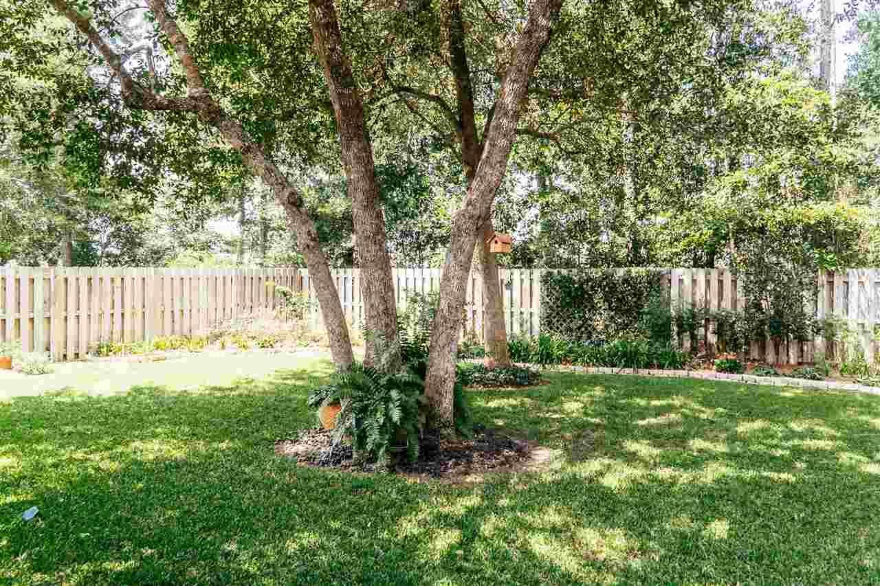 8502 W Salt Grass Dr, Pensacola, FL 32526