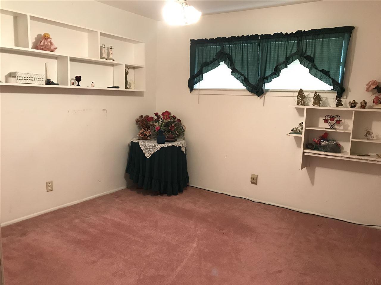 346 Drew Cir, Pensacola, FL 32503