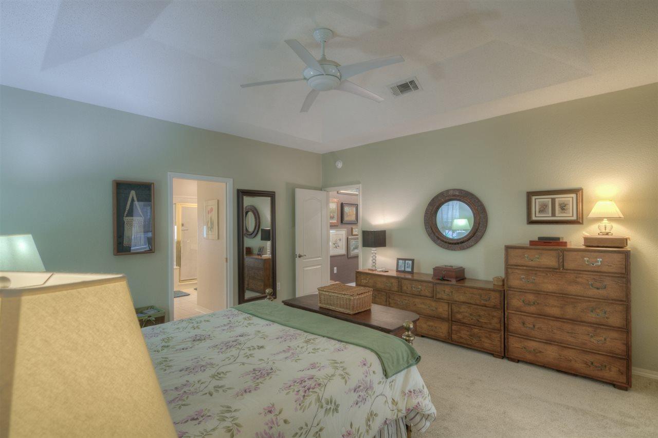 4122 Oak Pointe Dr, Gulf Breeze, FL 32563