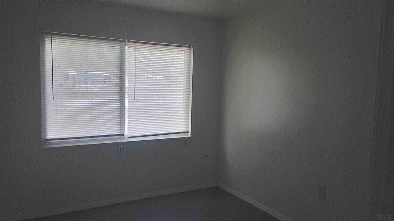 6432 Eva St, Milton, FL 32570