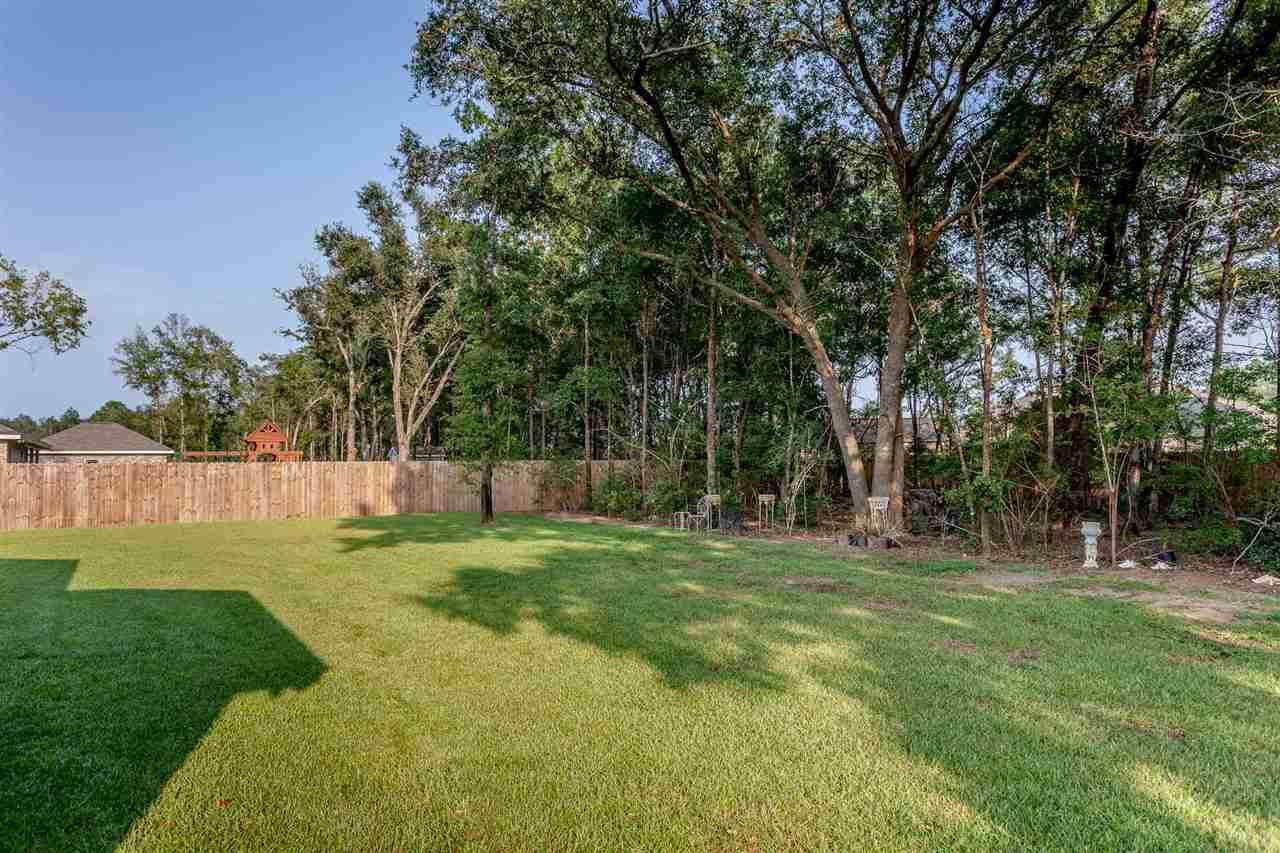 9194 Iron Gate Blvd, Milton, FL 32570