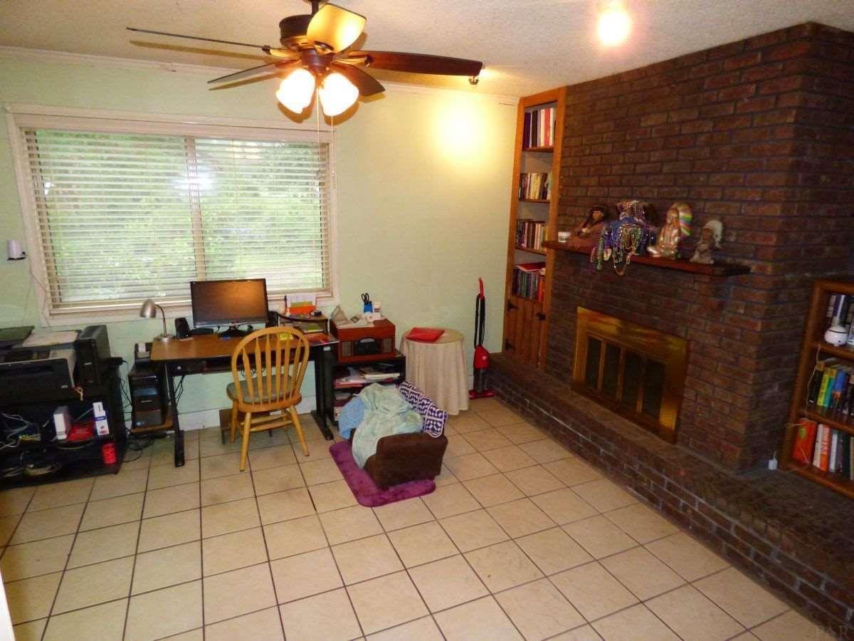 638 Ray St, Pensacola, FL 32534