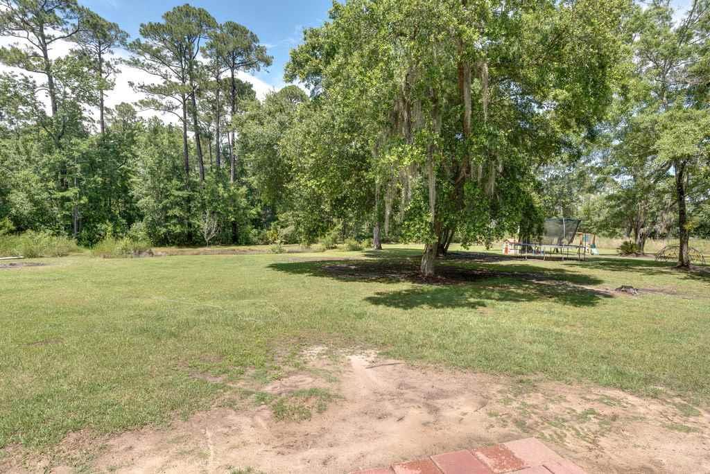 6902 Santa Clara Dr, Navarre, FL 32566