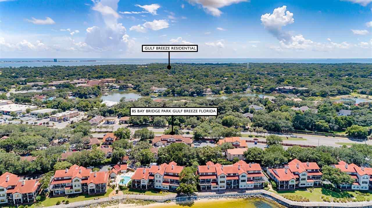 85 Baybridge Dr, Gulf Breeze, FL 32561