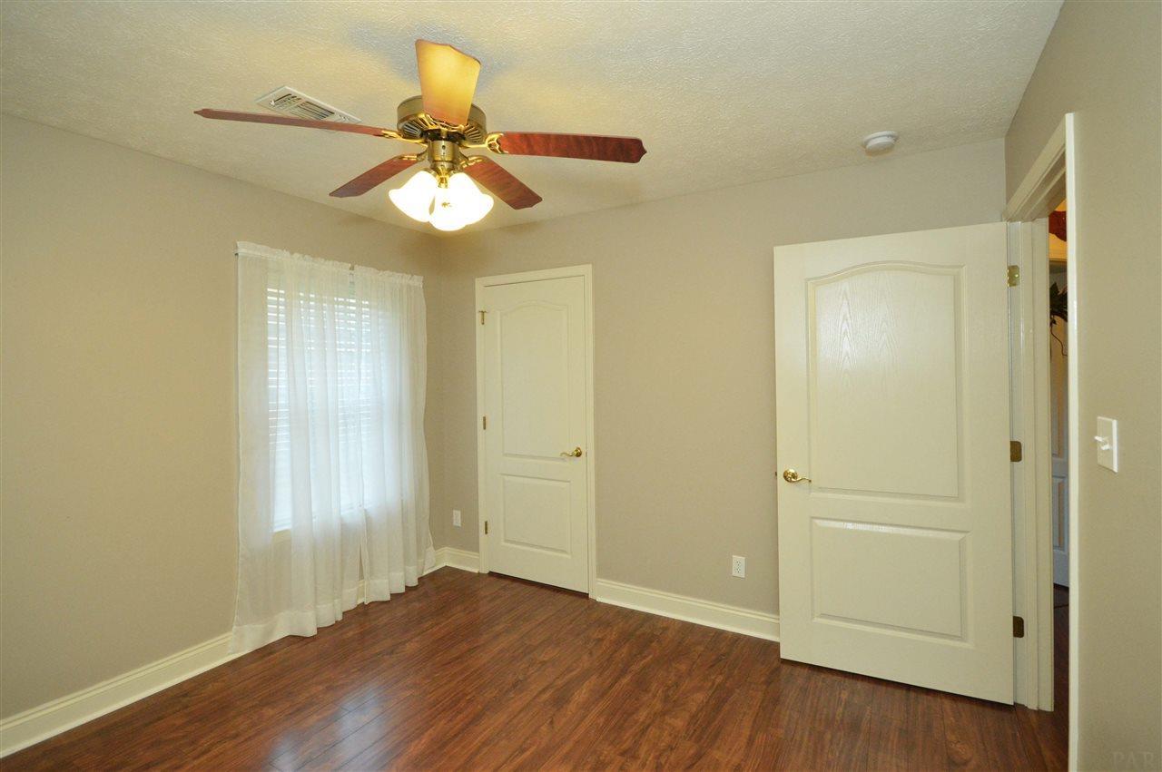 3550 Haley Way, Pace, FL 32571