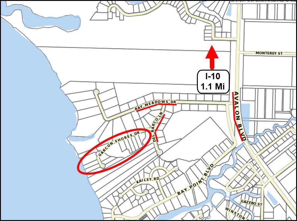 5500 Garcon Shores Dr, Milton, FL 32583