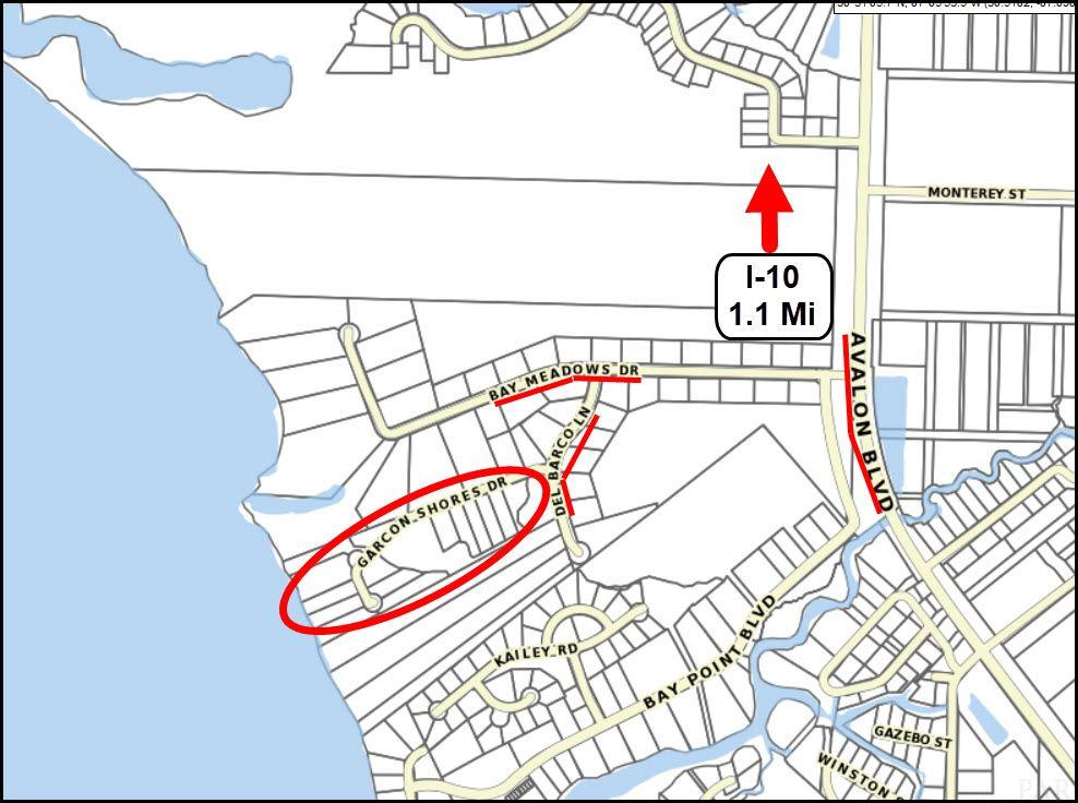5501 Garcon Shores Dr, Milton, FL 32583