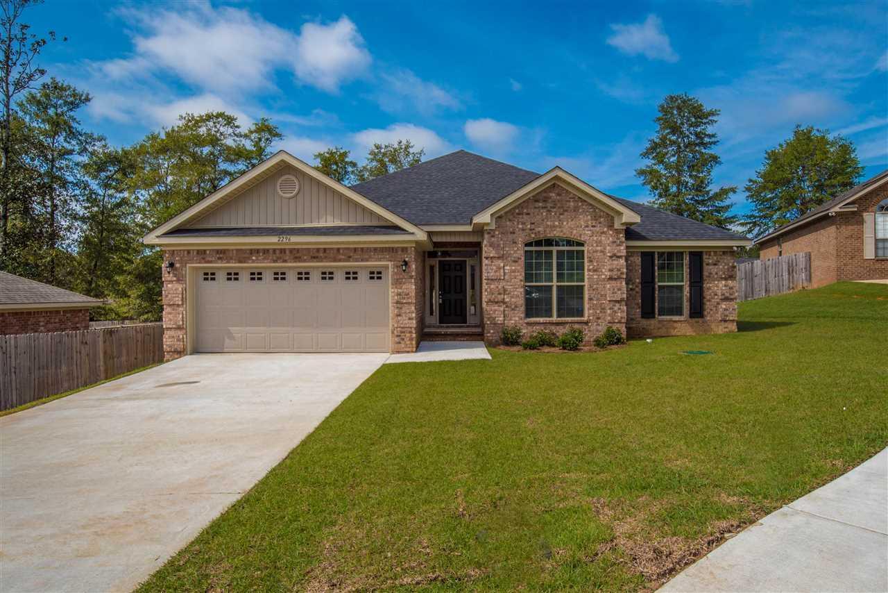 2393 Bentley Oaks Dr, Cantonment, FL 32533