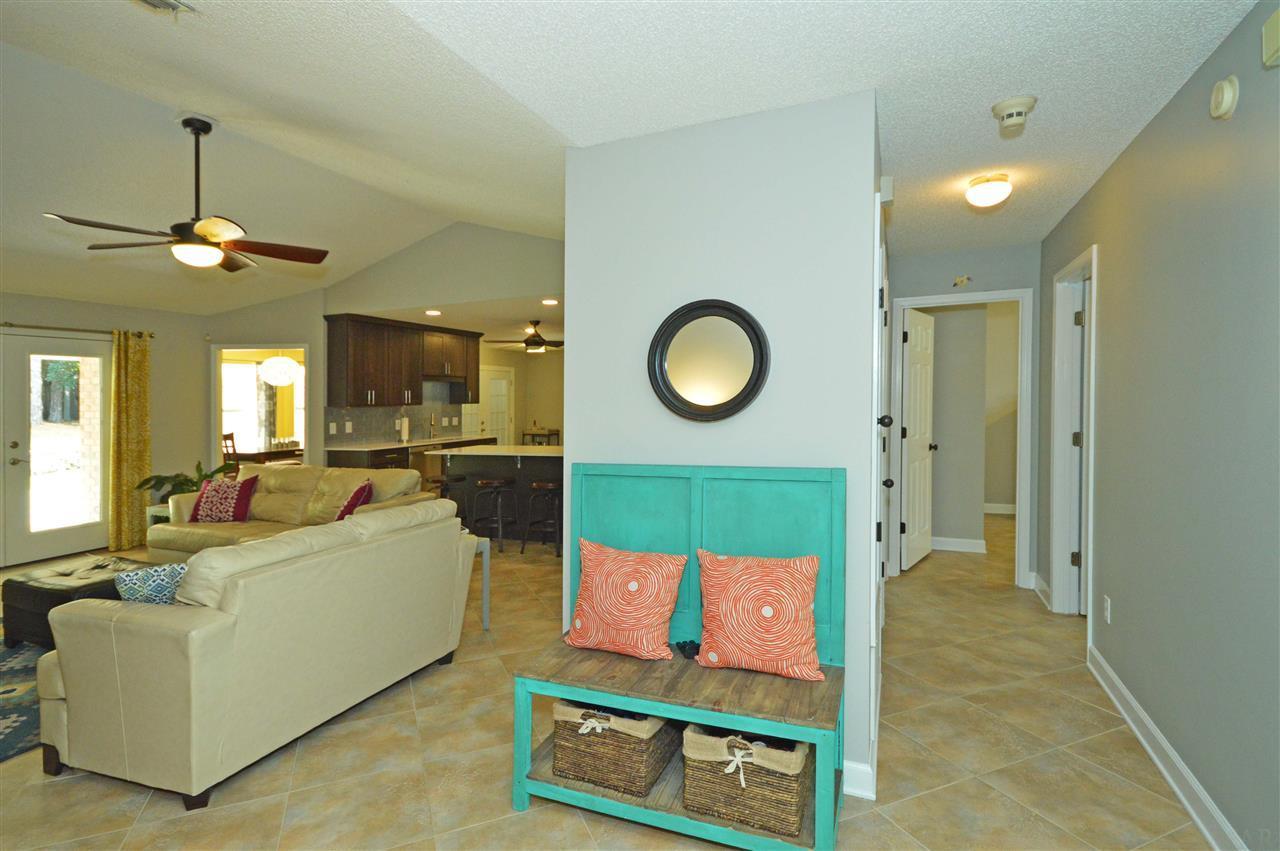 3109 Sonya St, Pace, FL 32571