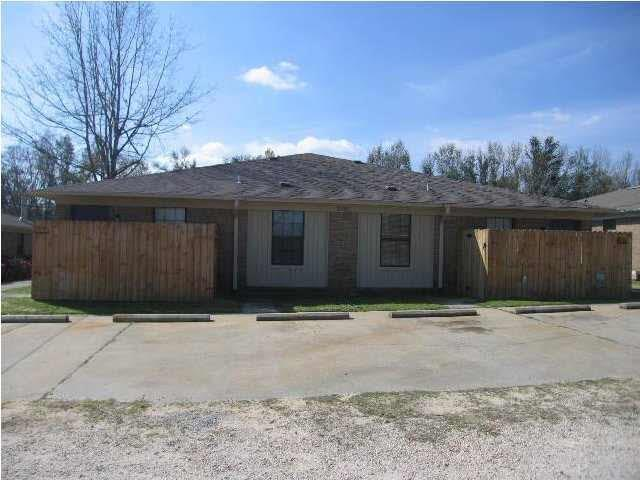 2900 Junction Rd, Cantonment, FL 32533