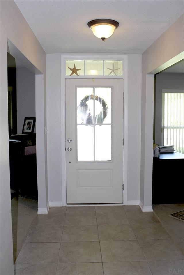 5541 Berrybrook Cr, Pace, FL 32571