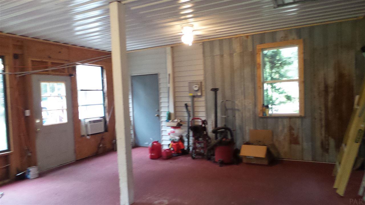 5685 Foshee Rd, Brewton, AL 36426