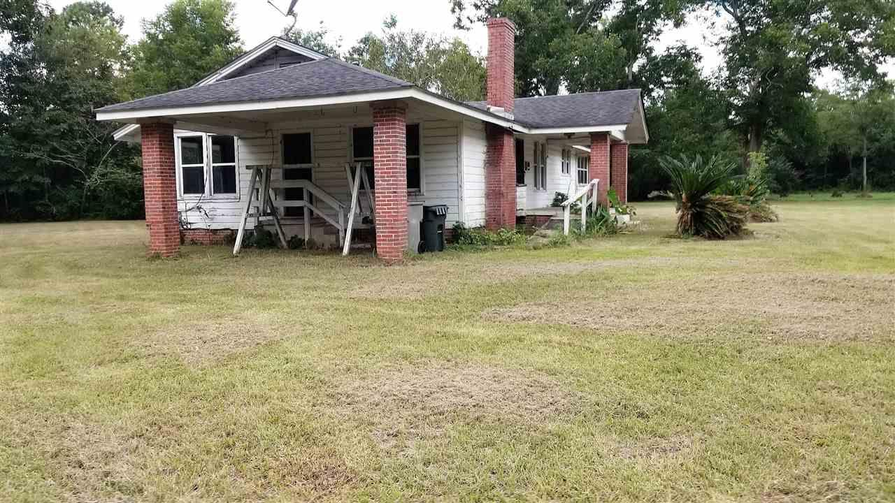 1985 Tate Rd, Cantonment, FL 32533