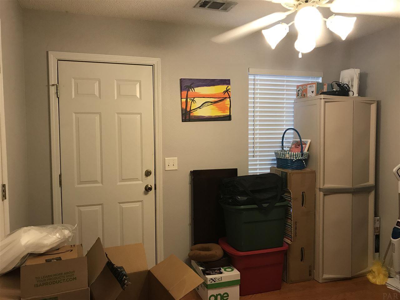5166 Victoria Dr, Milton, FL 32570