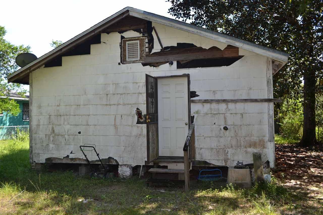 216 E Maxwell St, Pensacola, FL 32503