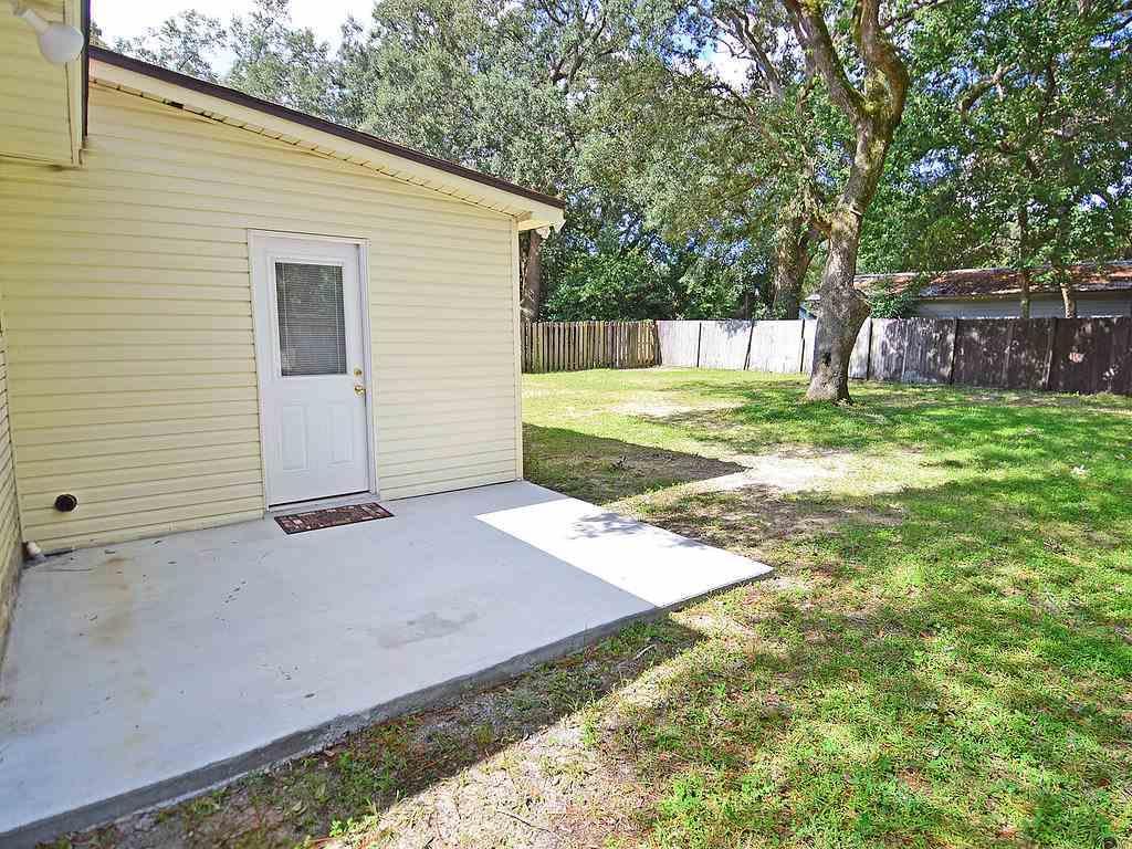 5671 Vestavia Ln, Pensacola, FL 32526