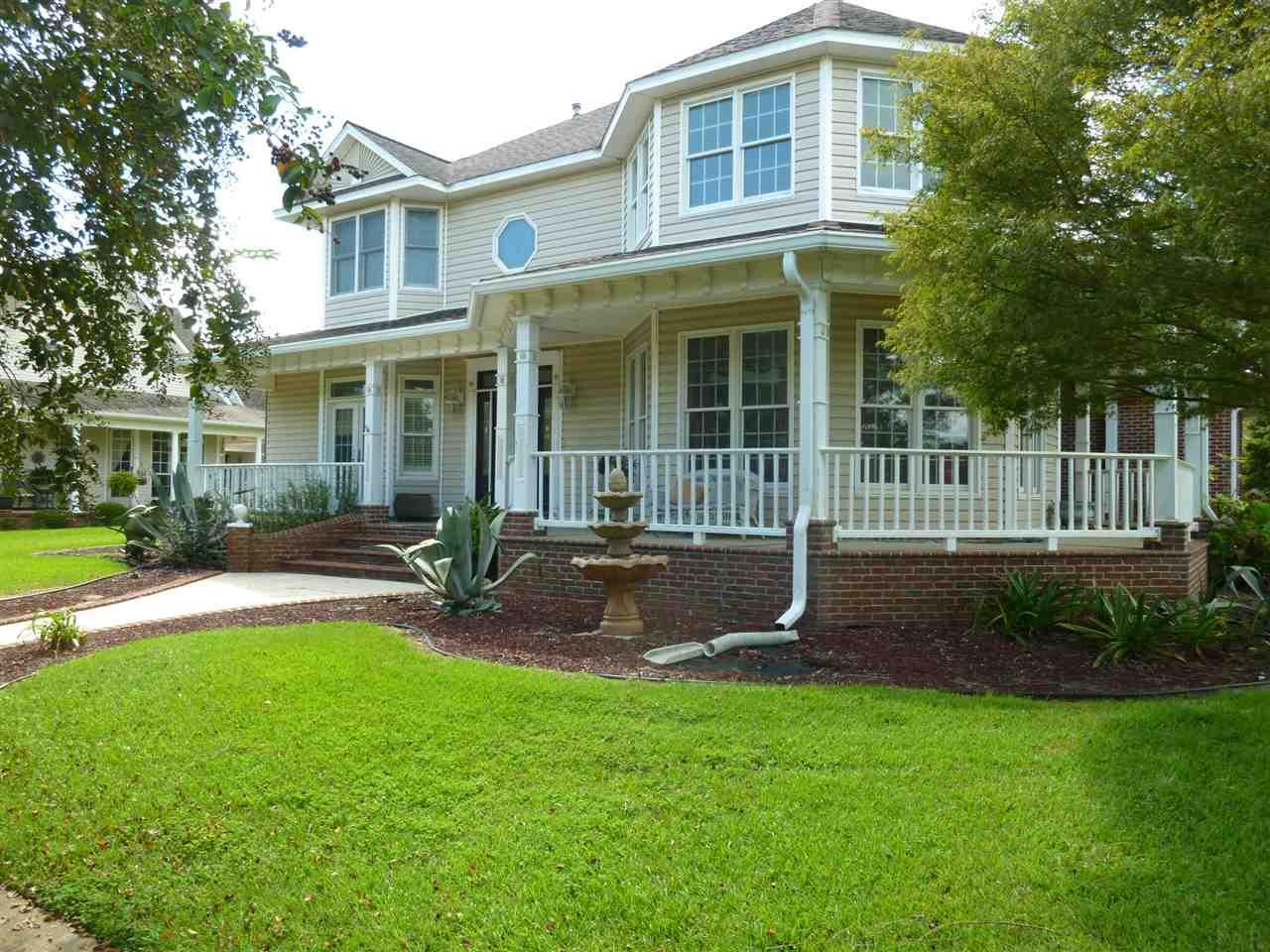 411 Mayberry St, Cantonment, FL 32533