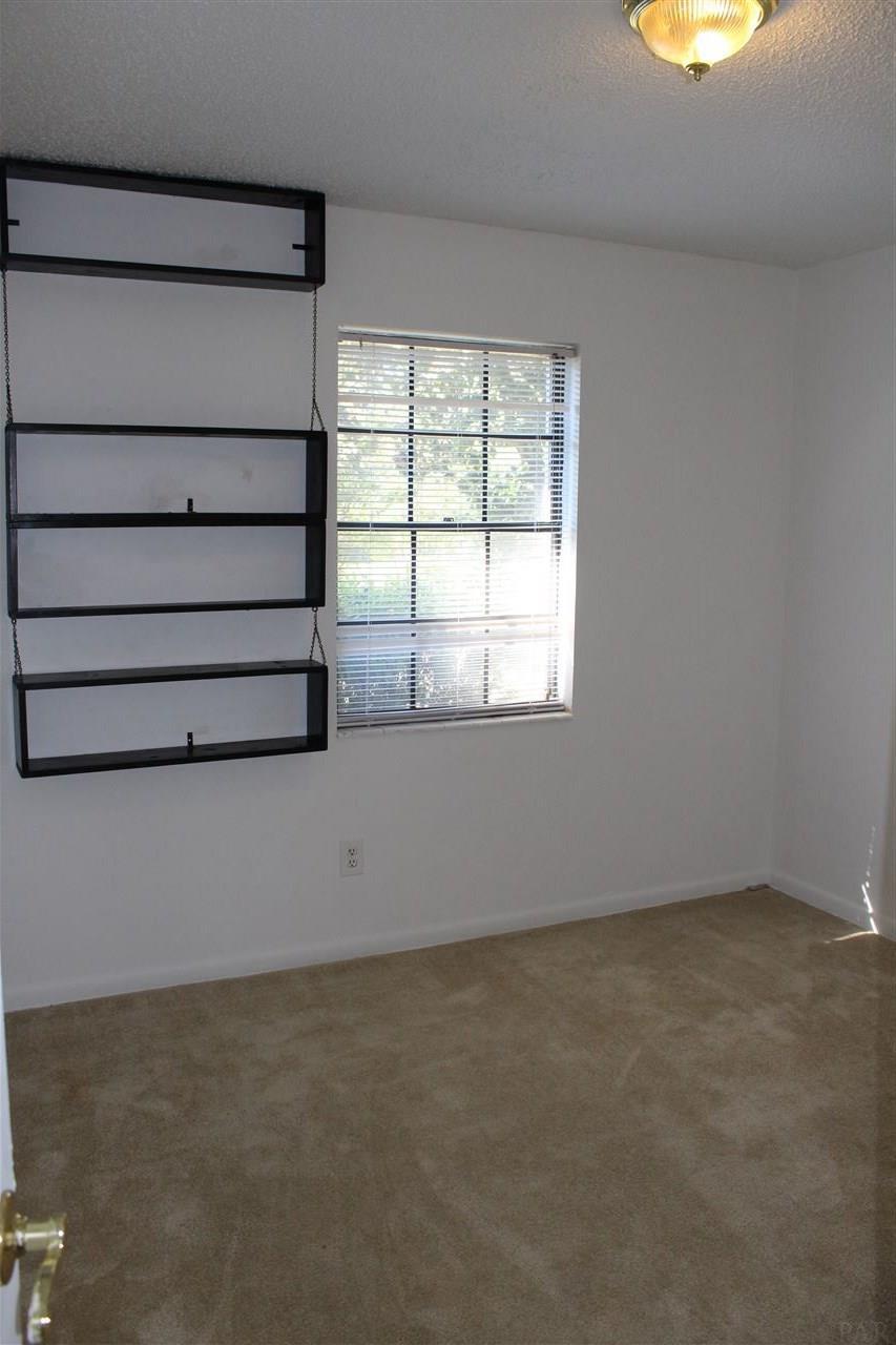 4696 Pecanwood Pl, Pace, FL 32571