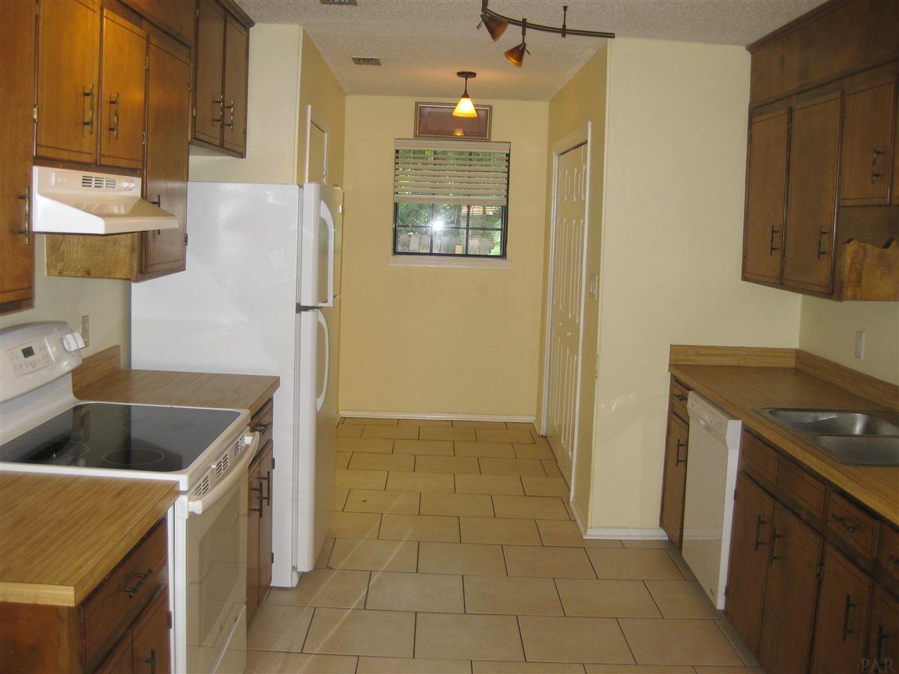 2391 Shoal Creek Dr, Pensacola, FL 32514