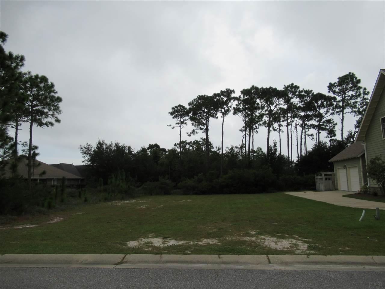 513 Downhaul Dr, Pensacola, FL 32507