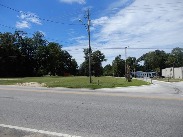 600 Blk N Main St, Atmore, AL 36502