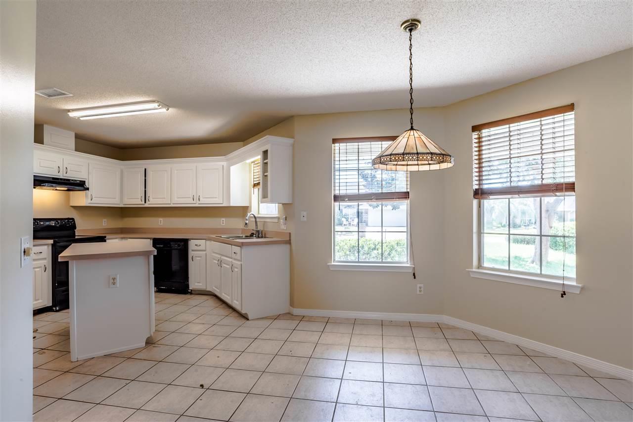1228 Bartram Ln, Pensacola, FL 32507