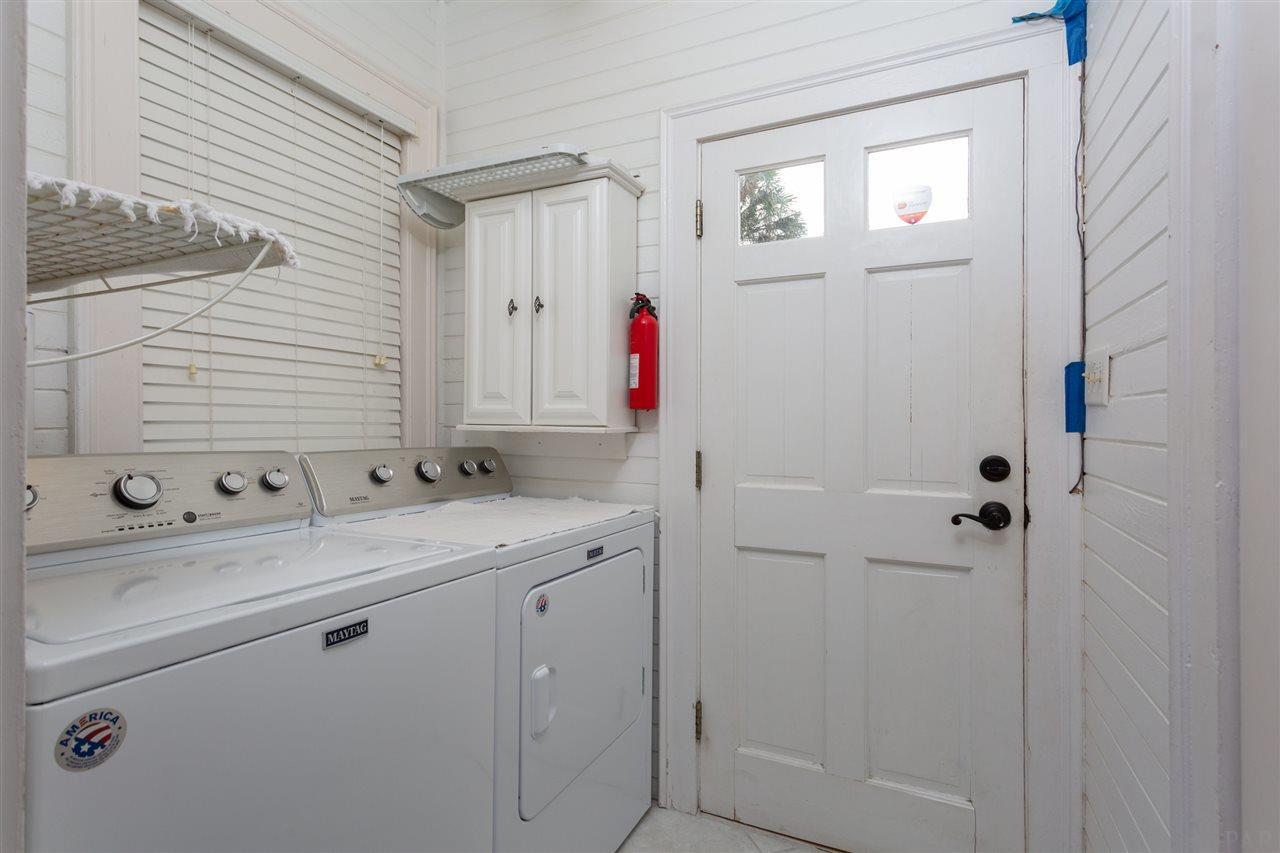 1715 E Gonzales St, Pensacola, FL 32501