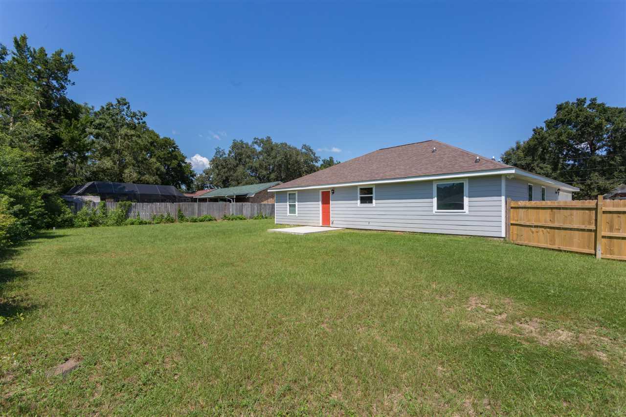 4735 Lanett Dr, Pensacola, FL 32526