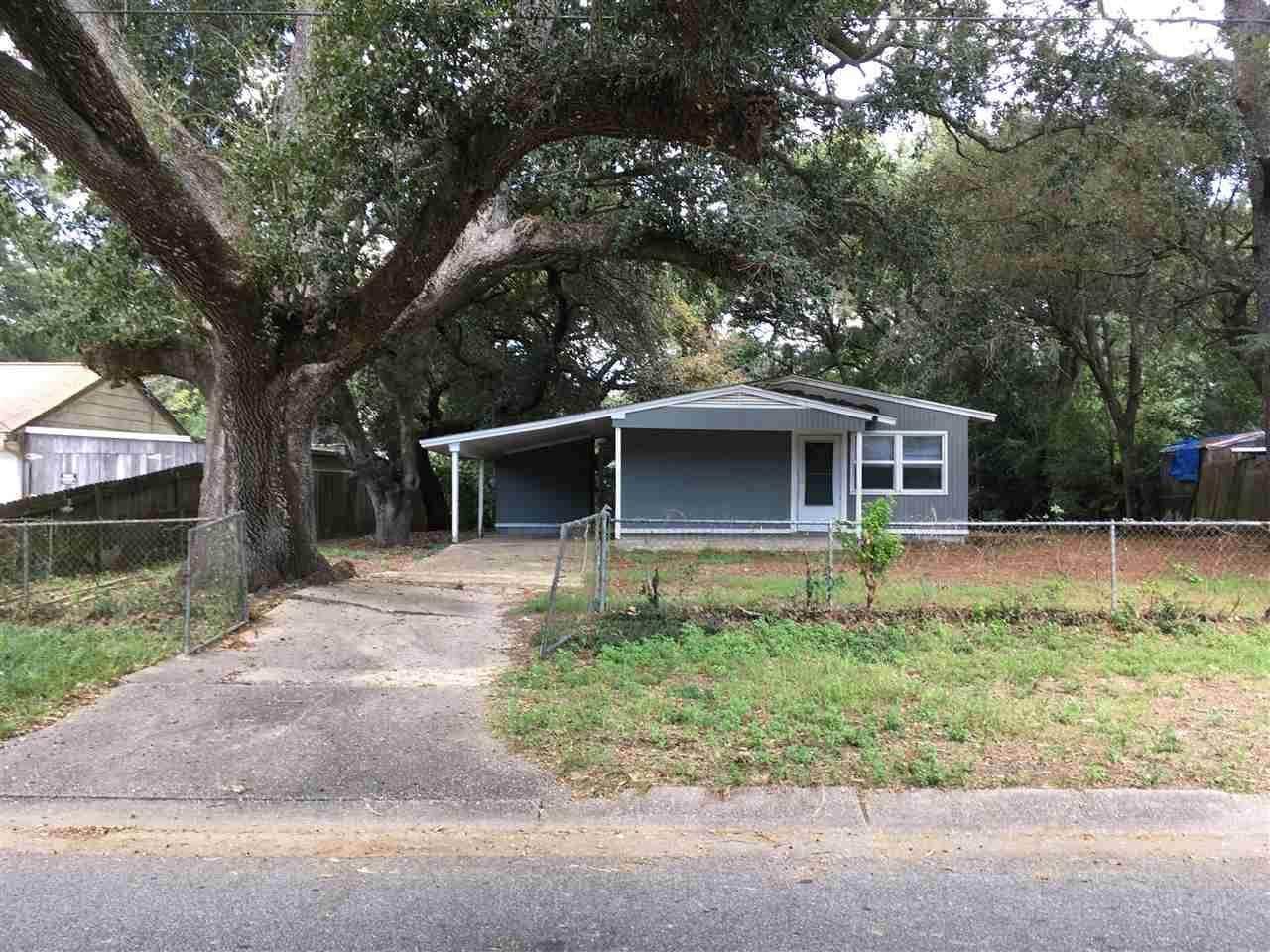 4660 Durham Dr, Pensacola, FL 32526
