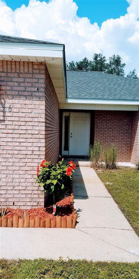 7256 Manatee St, Navarre, FL 32566