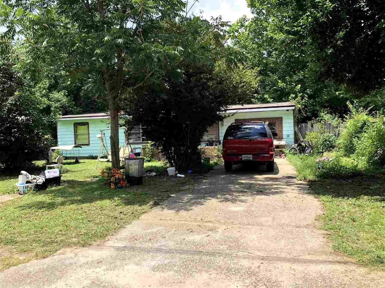 5909 Queen St, Milton, FL 32570
