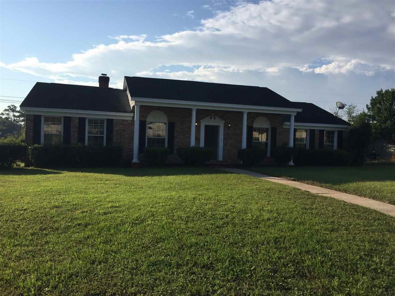 2511 Tomlinson Rd, Pensacola, FL 32526