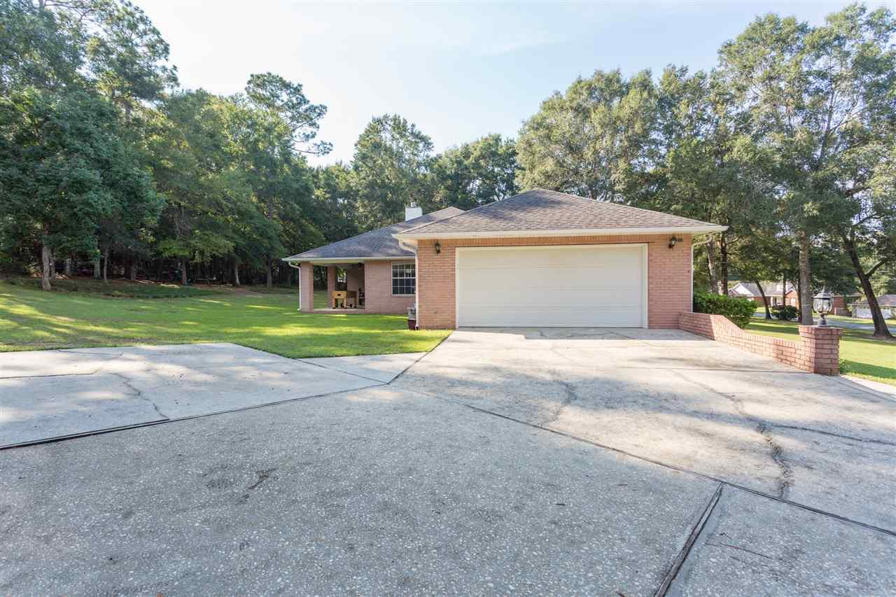 5205 Crystal Creek Dr, Pace, FL 32571