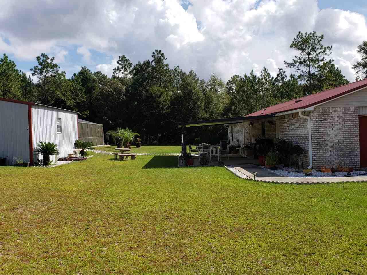 261 Oreo Dr, Molino, FL 32577