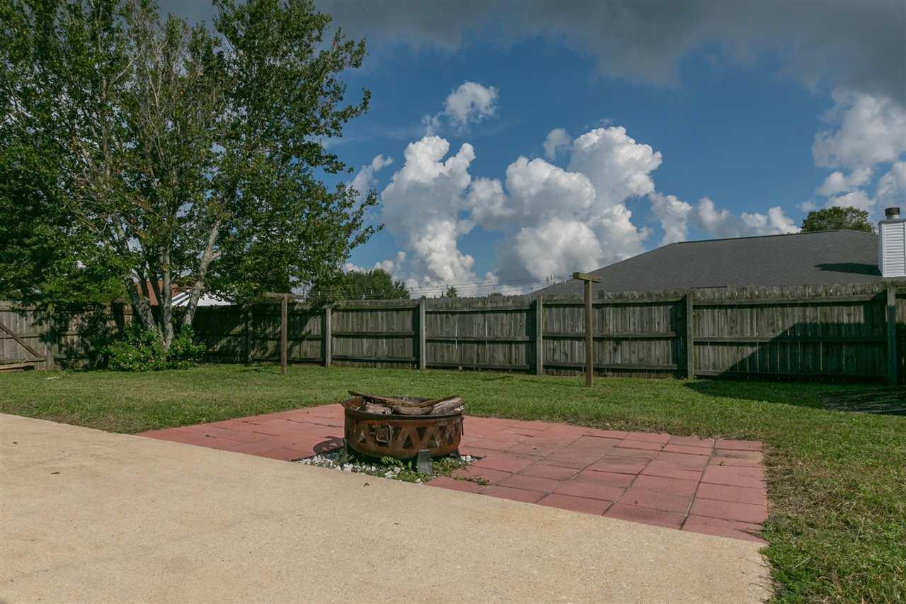 1230 Bartram Ln, Pensacola, FL 32507